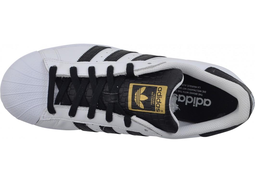 the latest 597a5 28a47 adidas superstar mimetico