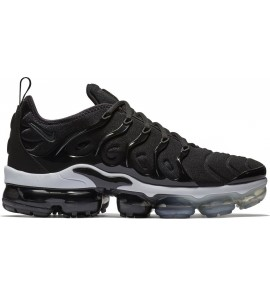 Nike Air Vapormax Plus 924453-010